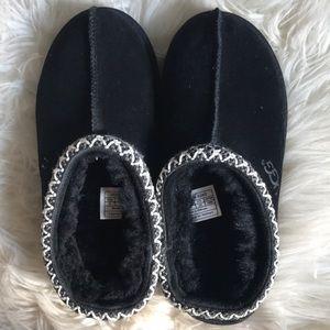 UGG Tasman sheepskin wool black suede slipper sz 2